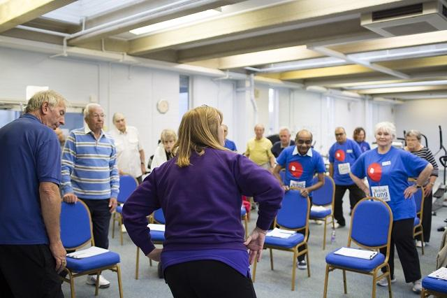 People doing pulmonary rehabilitation